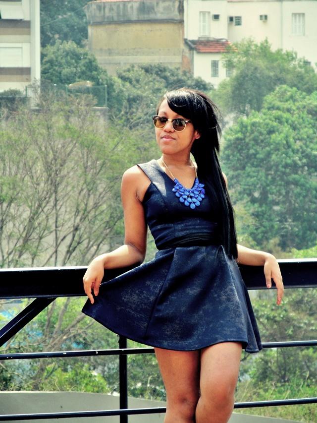 Ágata de Souza - Look com vestido azul rodado 1