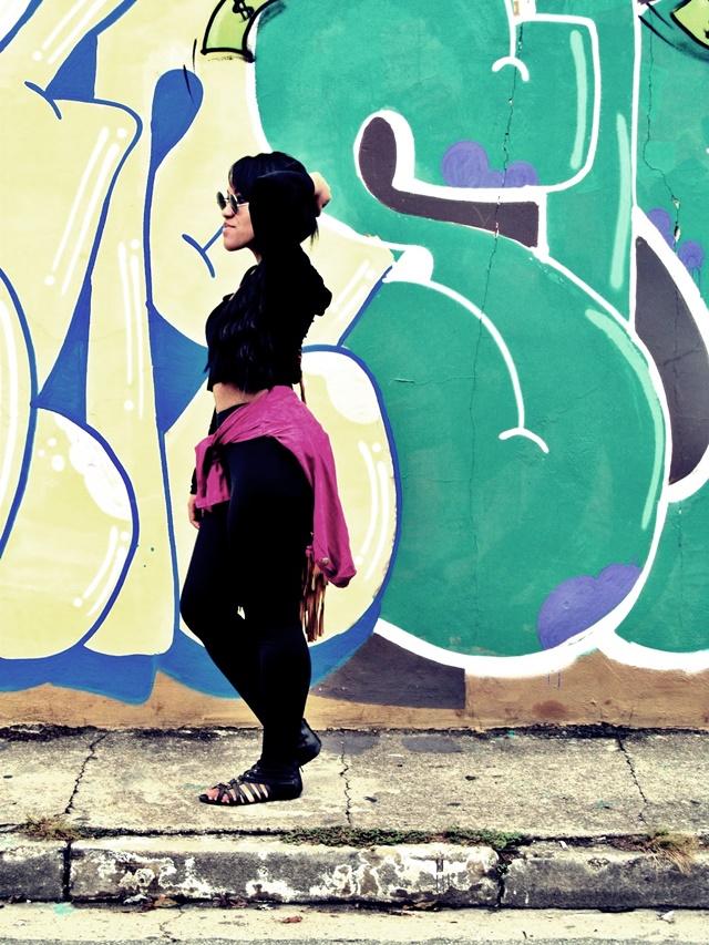 Ágata de Souza - Look com calça legging preta 3