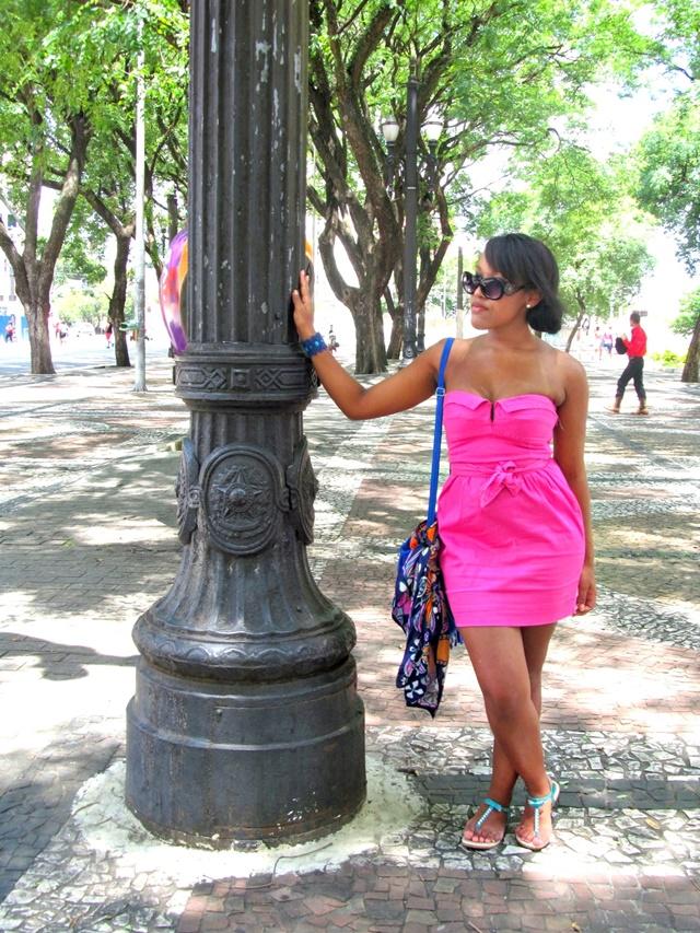 Ágata de Souza - Vestido rosa pink tubinho 3